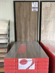 Bruin Verweerd 4V 7mm laminaat Premium Floors + GRATIS Ondervloer van €3,95 p/m²