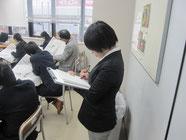 北陸中日新聞の記者が取材。