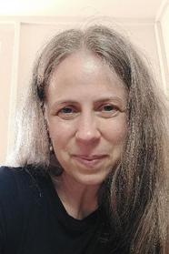 Ania Krumplewski, Psychotherapeutin