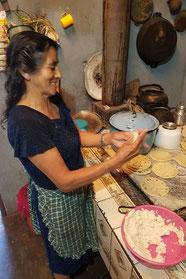 """Mama Linda"" - frische Tortillias"
