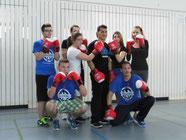 Jack Culcay mit den BOXSCHOOL-Kids der Schule Brucknerstraße