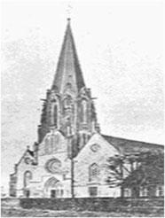 Die Propsteikirche vor der Zerstörung des Turmes am 7. April 1945