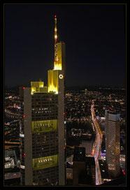 Frankfurt bei Nacht, Blick vom Maintower