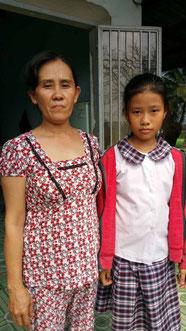 Thùy Trang và dì