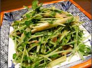 豆苗と黄ニラキノコの炒め