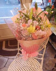 華やかピンク系花束