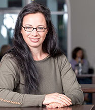 Tanja Domeyer, Vorsitzende von fair-dienen und Inhaberin der Werbeagentur blickfang-design aus Remscheid