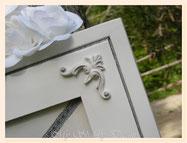 TA040-Dettaglio fregio di legno decorato finitura grigio perlato