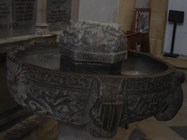 fonts baptismaux monolithes