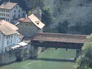 pont de Berne (40 m de long)