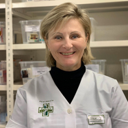 Carole Ovaert, Assistante en pharmacie
