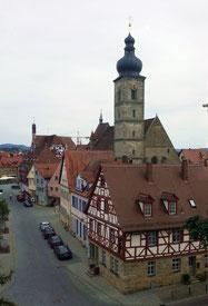 Forchheim, Blick auf Martinskirche und Rathaus