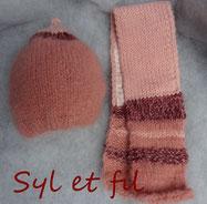 Bonnet et écharpe nourisson rose saumonné