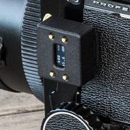 Aufsteck-Belichtungsmesser im Test: Fujica ST705 mit aufgestecktem V102. Foto: bonnescape