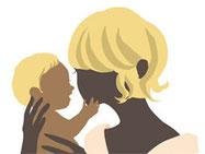家族葬に思いを馳せる母子の姿