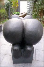 Bronze, 75 x 80 x 125 cm