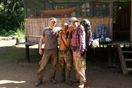 Mit Indianer im Amazonas