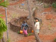 Wasserholen ist Frauenarbeit