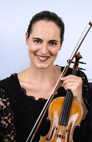 Angela Jaffé, Violine
