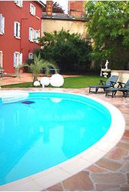 Espace locatif privé avec piscine