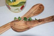 Küchenutensilien aus Holz