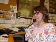 Nathalie Bloch an ihrem Arbeitsplatz