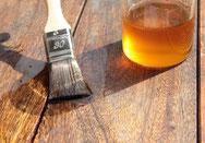 Pinsel verstreicht Öl