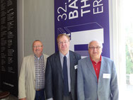 Die Delegation aus Nürnberg mit Dr. Klaus Haage (m.)