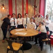 L'équipe de ô bell'endroit dans le restaurant
