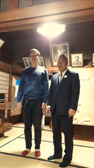 こだま芸術祭実行委員の根岸さん(左)と河原さん(右)
