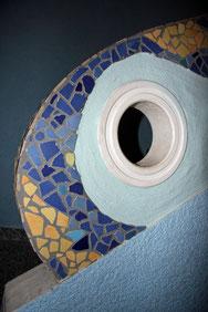 Treppengeländer mit Mosaik