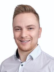 Thiemo Fiedler, Praxismanager, Mitarbeiterin im Zahnzentrum Fiedler