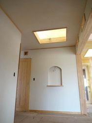 屋根採光(天窓)と飾り壁