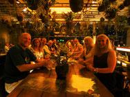 Gäste der Firma Wirtschaftsimpuls GmbH zu Besuch im Restaurant Cube Stuttgart im Anschluss an den Besuch der Börse Stuttgart