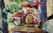 Keramik Hügelhaus Windlicht