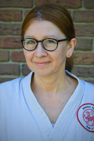 Portrait der Kinderschutzbeauftragten des Shotokan Karate Stade e. V.: Dr. Franziska Wischner