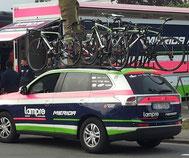 Team Lampre-Merida Begleitfahrzeug