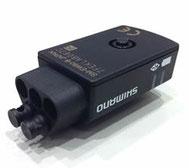 SM-EW90B(5ポート)画像では2ポートにダミープラグ(ダストキャップ)が装着されています。