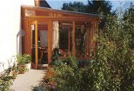 Wintergarten aus Douglasie mit Dachglas