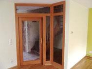 Zimmertür mit Festglasteilen aus Buche