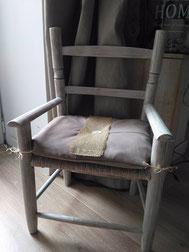 relooking de meuble chaise enfant bois paille etoile chef tissus coussin gris bleu taupe chef etoile le mans sarthe