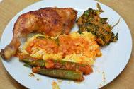 Tandoori Hähnchenkeulen, Kokos- Soße, Okra, Spinat in Erdnussbutter und Reis Bi-Color