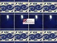 Cenefa en Azulejo Talavera modelo Greca Azul con Liso Azul Cobalto en 10.5 x 10.5 cm, ideal para baños y cocinas mexicanas lo encuentras en Rústicos Artesanales visítanos en nuestra web www.rusticosartesanales.com