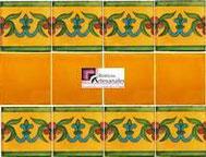 Cenefa en Azulejo Talavera modelo Guía Especial Mostaza con Liso Mostaza Real en 10.5 x 10.5 cm, ideal para baños y cocinas mexicanas lo encuentras en Rústicos Artesanales visítanos en nuestra web www.rusticosartesanales.com