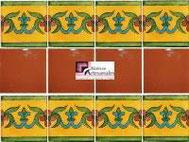 Cenefa en Azulejo Talavera modelo Guía Especial Mostaza con Liso Terracota en 10.5 x 10.5 cm, ideal para baños y cocinas mexicanas lo encuentras en Rústicos Artesanales visítanos en nuestra web www.rusticosartesanales.com