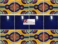 Cenefa en Azulejo Talavera modelo Indian con Liso Azul Cobalto en 10.5 x 10.5 cm, ideal para baños y cocinas mexicanas lo encuentras en Rústicos Artesanales visítanos en nuestra web www.rusticosartesanales.com