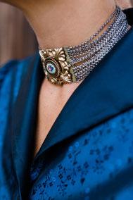Goldhaubenaccessoire Kropfkette - Foto: Ernecker Photography