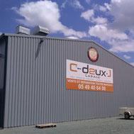 Bardage des bâtiments C2J en charpente métallique par ACMB 79, 86, 16 et 17