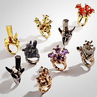 Cada Fine Jewellery Aaron Curry Jonathan Meese Schmuck Gold