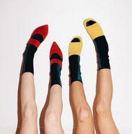 Samt Sex Socken Mode Fashion Deutschland Berlin Trend Streetstyle Luxus Stil Influencer Simone Wild Haus Glanz